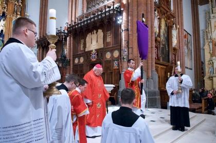 Wielkopiątkowa Liturgia Męki Pańskiej w Archikatedrze