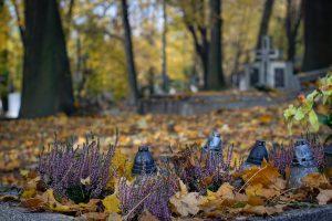 cemetery-2821279